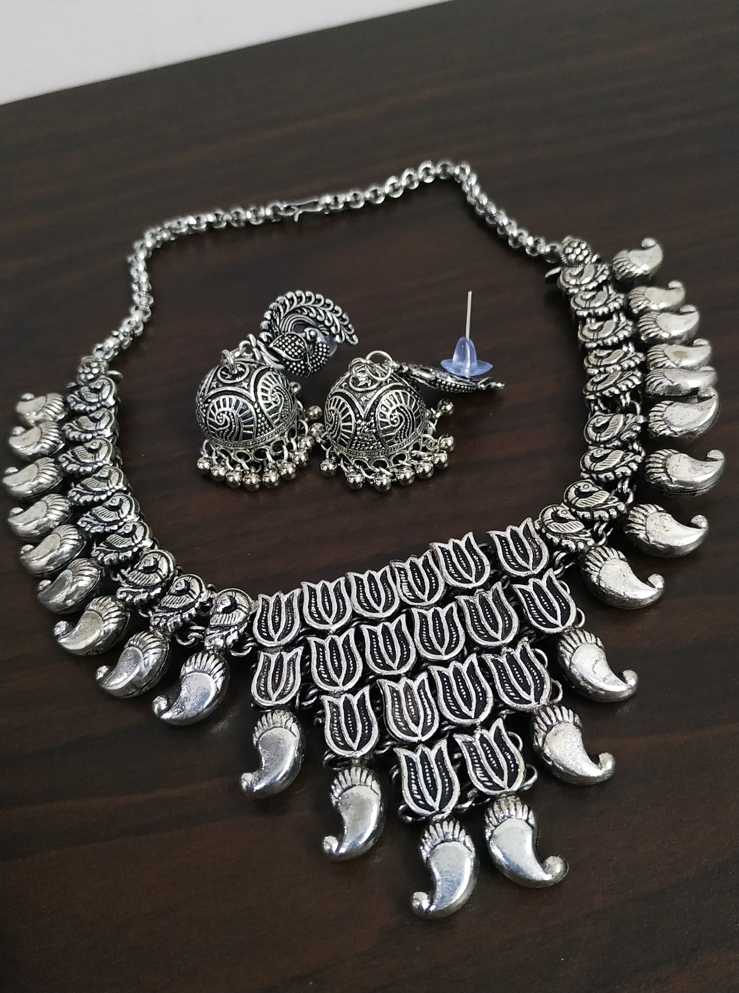 Partywear Chic Oxidised Necklace Set